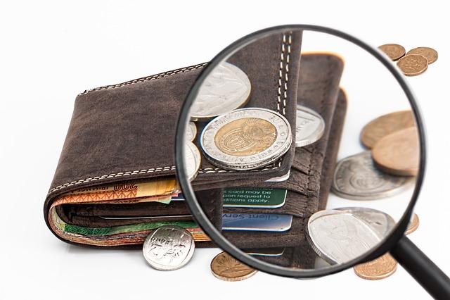 větší mince